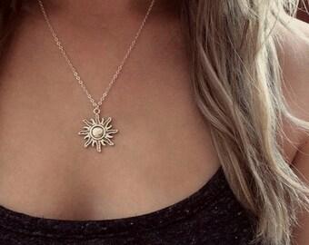 Sun Necklace, Silver Sun Necklace, Sun Choker, Charm Choker, Hippie Necklace, Grunge Necklace, Pastel Goth, Celestial Sun Jewelry, Boho