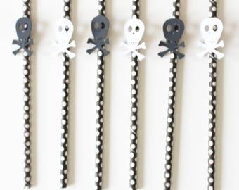set of 6 straws skulls black and white pirate boy birthday