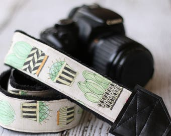 Cactus Camera Strap. Succulent Camera Strap. dSLR Camera Strap. Camera Strap. Cute Camera Strap. Gift for Her - Flowering Cactus