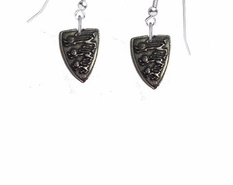 CodeHLPKR Heraldic Lion on hook Earrings sterling silver 925 jewellery jewelry