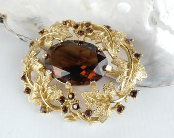 Faux Amber Brooch - Sarah Cov Brooch - Sarah Coventry - Golden Flower Brooch - Amber Glass Brooch - Gift for Women - Mother's Day Gift