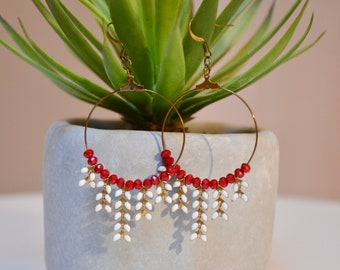 Earrings round ears, red and white string