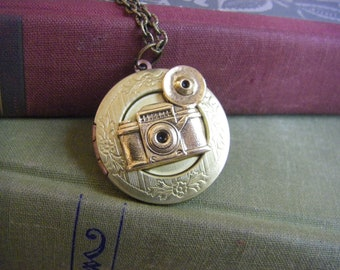 Camera Locket, Camera  Necklace,  Gift For Photographer, Vintage Brass locket, Gift for her