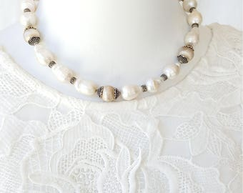 Baroque White Keshi Cultured Perl Necklace in Sterling Silver 925, magnetic clasp
