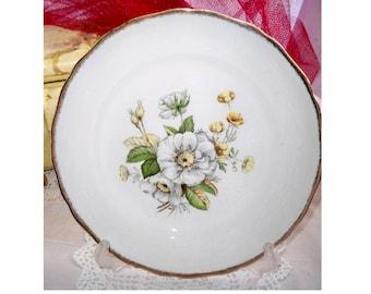 Canonsburg Pottery Co Dinner Plate - Linda Pattern