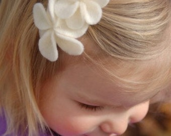 Bunches of Flowers-Ivory