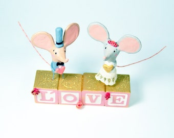 Mouse Love Wedding Cake Topper - One of a Kind Art Sculpture