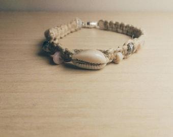 Delicate Seashell Bracelet