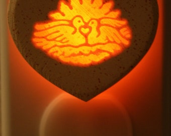 Nesting Heart 1/3watt small NeonLithic Nightlight