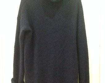 GU sweater