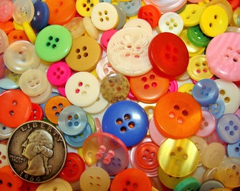 Mixed Button Lot! Bright/Light Colors, FREE SHIPPING! Wholesale/Bulk/Discount/Supply Sewing/Crafts/Art! White/Red/Yellow/Blue/Green/Pink/Etc