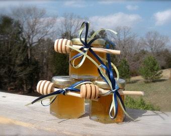 Honey Wedding Favors, Bridal Shower Bomboniere, Food Favors,   30 Jars Filled Fresh