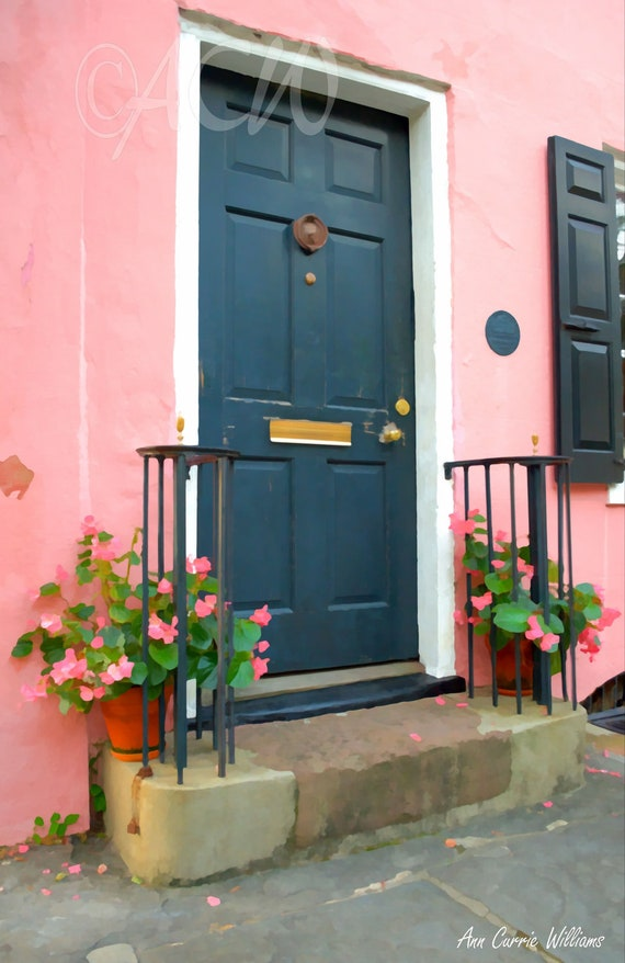 Pink house with black door in Charleston, South Carolina (16 x 20 canvas)