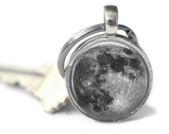 Full Moon Key Chain, Moon Keychain, Astronomy, Outer Space, Space Key Ring, Accessories for Men or Women