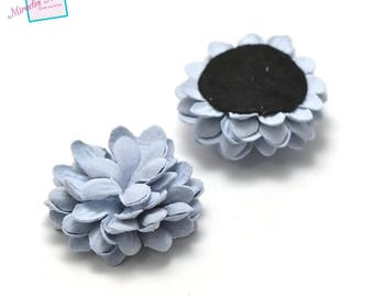 2 beautiful flowers in faux leather (suede) 40 x 20 mm sky blue