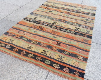 kilim rug , small kilim rug , decorative Kilim rug, gift for home, 556