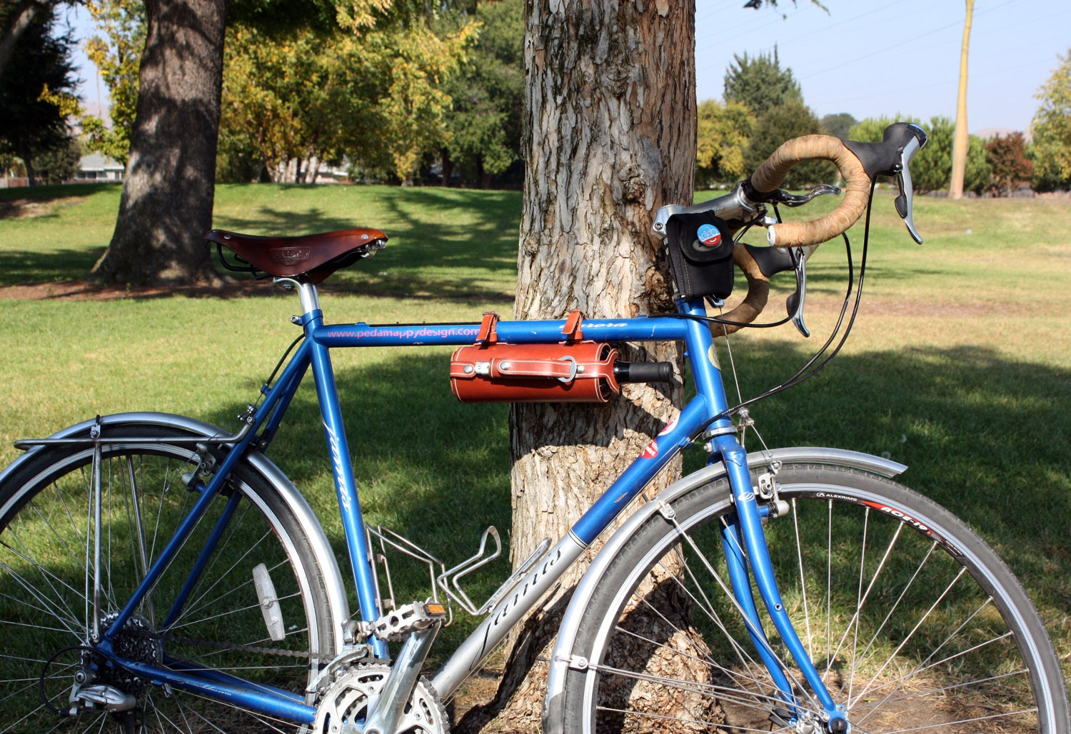 Bicycle Leather Wine Bottle Holder Carrier With Stainless