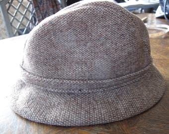 Kangol tweed hat