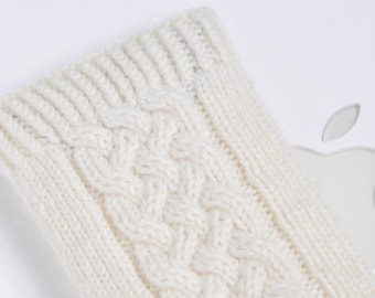 Hand Knit iPhone / iTouch Cozy Case - Irish Aran Cable Design