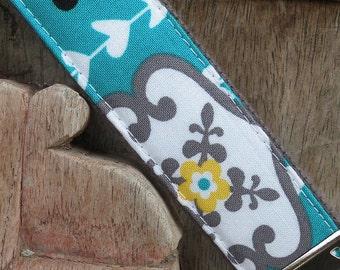 Wrist Key Chain--Wristlet--Key Chain--Turq Wallpaper on Gray