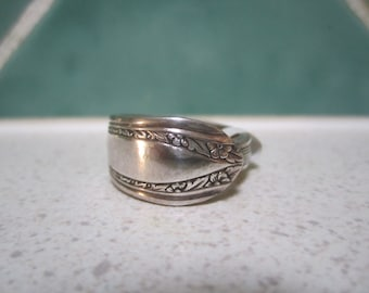 SALE - Vintage Spoon Ring - Size 11/V.5