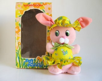Vintage Bunny Rabbit KNICKERBOCKER Soft n Cuddly 1974 Stuffed Animal Pink in Original Box 1970s Toy Animals of Distinction Plush