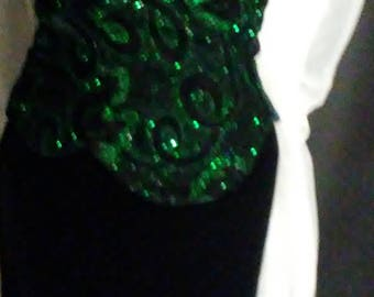 SALE! 1/2 oFF! Vintage 90's Dynasty Emerald & Black Velvet Party Dress