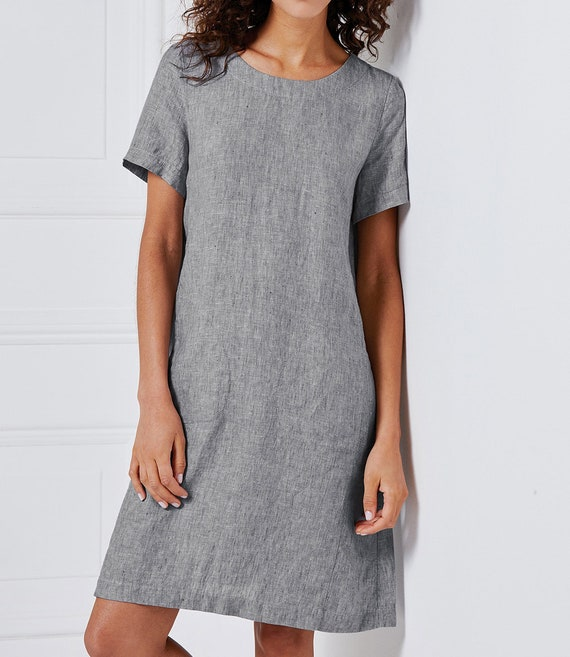 Different ways to stay cool this summer · Linen dress · Via www.sweethings.net #summer #linen #clothes