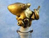 Gold Sommelier of the Sea - Resin Octopus Bottle Stopper