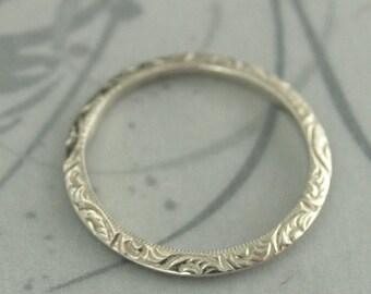 Knife Edge Band~Women's Wedding Band~Handmade Wedding Ring~Spacer Ring~White Gold Ring~White Gold Band~Women's Wedding Ring~Fancy Ring