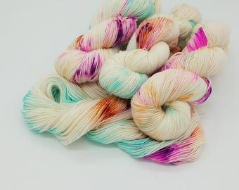 Hand Dyed Superwash Merino Nylon Wool Sock Yarn , hand dyed yarn, hand painted yarn, sock yarn, yarn, verigated yarn,