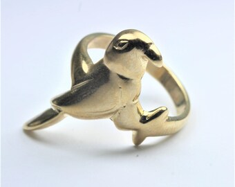 Minimalist Style 9ct Yellow Gold Hawk Ring Size: P-7 1/2