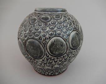 Ceramic Black/Gray Decorative Pottery Vase, Centerpiece Hand Carved Circular Spiral Clay Vase