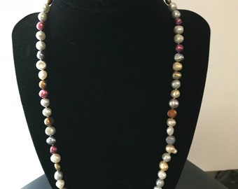 Handmade Freshwater Baroque pearl necklace