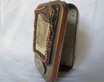 "Gift Card Holder, Altered Altoid Tin ""Soar""  Decorative Presentation or Trinket Tin"