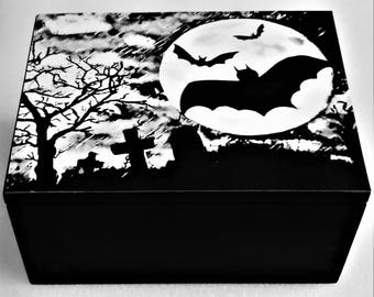 Bat Gothic Spooky Storage Decorative Box Jewellery Trinket