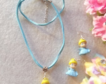 Princess Cinderella Squinky Set of Necklace and Earrings