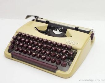 Vintage Portable Typewriter Olympia Splendid 33 / Cream Burgundy / Working Typewriter 60s