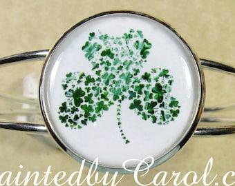 Shamrock Bracelet, Shamrock Cuff, Shamrock Jewelry, St Patricks Day Bracelet, Irish Bracelet, Irish Jewelry, Irish Gifts, Shamrock Gifts