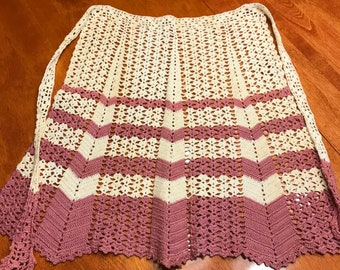 Vintage Hand crochet Ivory and Pink apron by MarlenesAttic