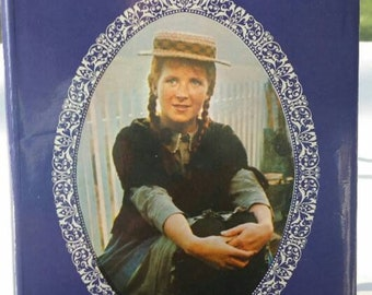 Anne of Green Gables, Chronicles of Avonlea, LM Montgomery, 1970's, children's classic, young adult classic,