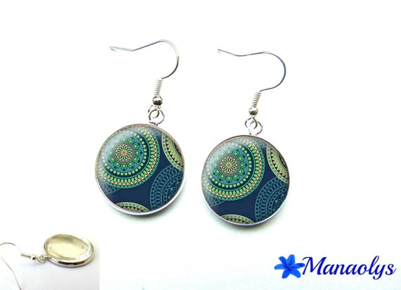 Round blue and green patterns 2379 glass cabochons earrings