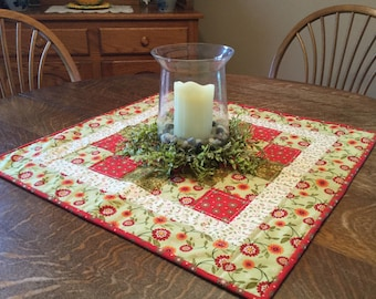 Quilted table topper, table topper, quilted candle mat, candle mat, quilted table decor, table runner, table decor