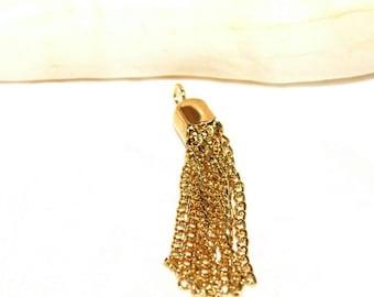 Metal tassel Gold 4.5 cm x 0.8 cm.