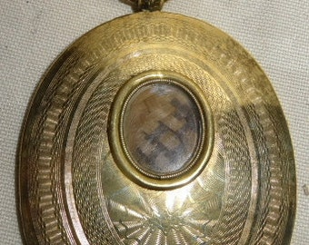 Antique Necklace Locket Pendant Mourning Jewelry w/Hair and Daguerrotype