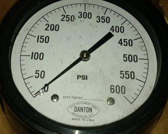 Duro  Instrument Corp. Series 100 Pressure Gauge