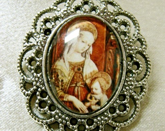 Enthroned Madonna brooch - BR03-102
