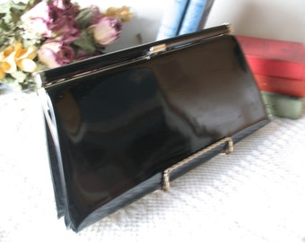 Black patent leather clutch bag. Evening bag. Vintage clutch purse.