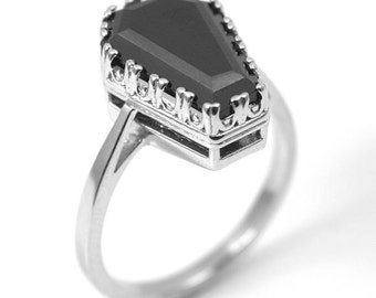 Coffin Ring 7.70ct Solitaire Black Spinel Set In Sterling Silver