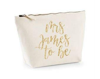 Bride Make up Bag for Wedding - Mrs to be Bag